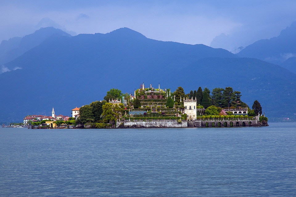 Booking online e Terre Borromeo, il Lago Maggiore si fa smart, immagine decorativa